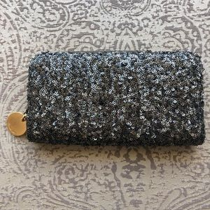 Deux Lux sequin clutch/wallet. Black/silver